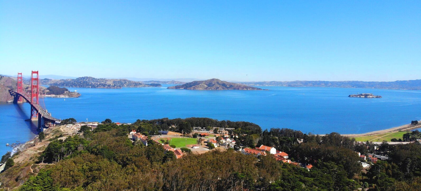 aerial-seaplane-air-tours-helicopter-over-alcatraz-island-and-golden-gate-bridge