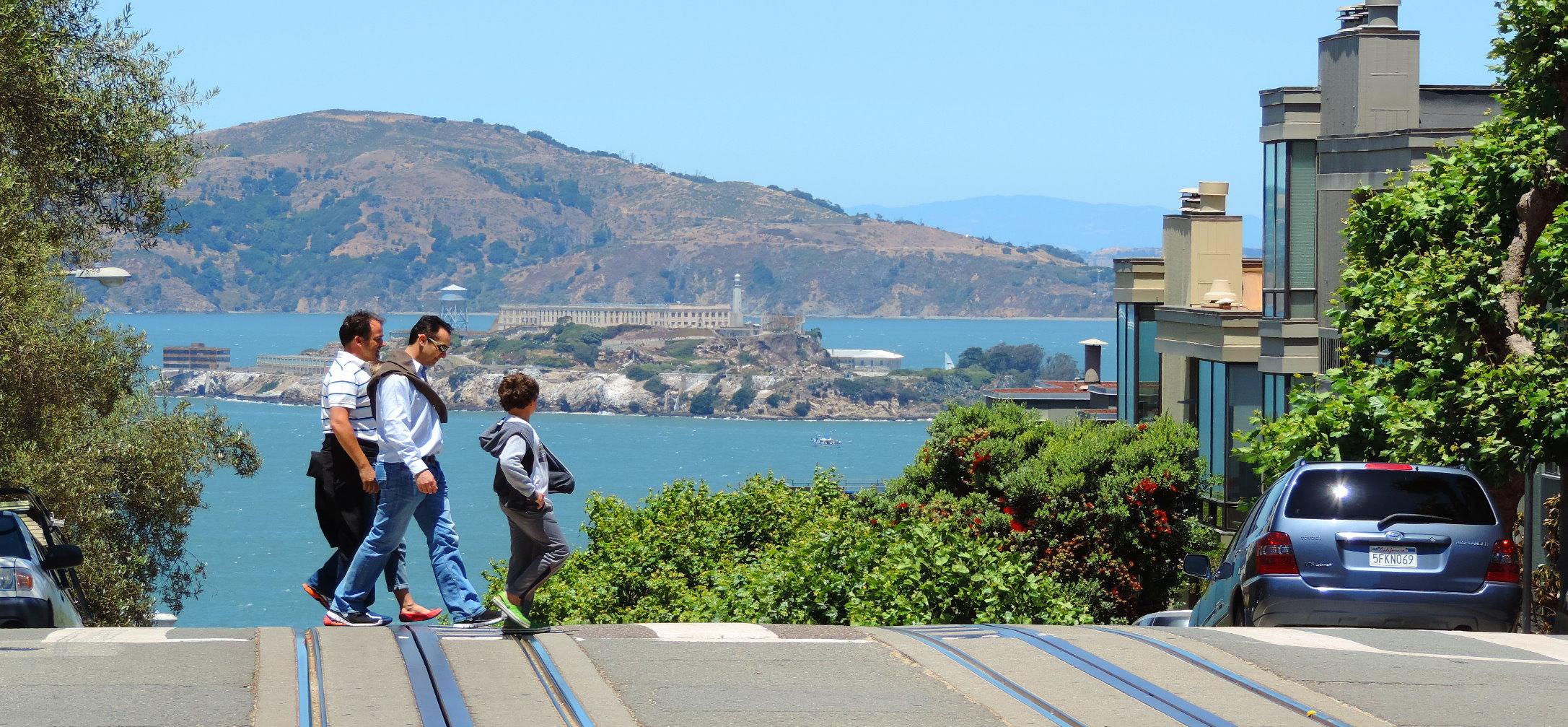 walking-tours-visit-alcatraz-island