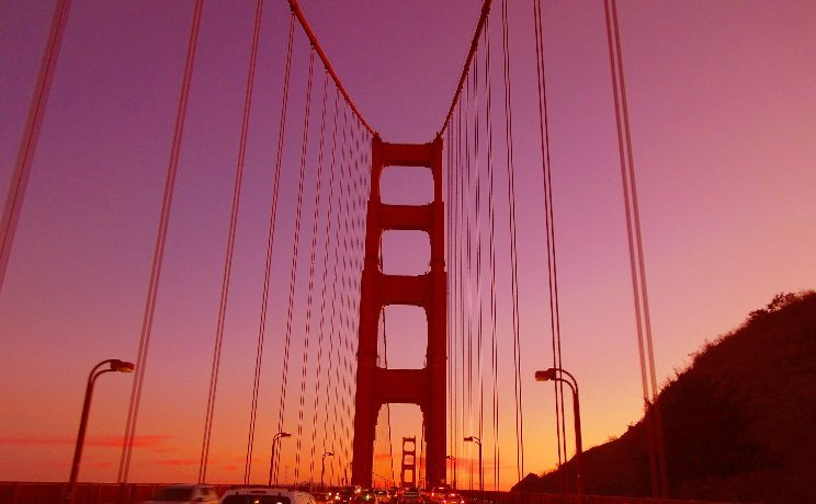 Golden-Gate-Bridge-at-Night-City-tours-by-Night--