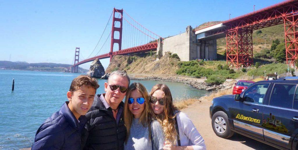 SF-attractions-SUV-tour-de-san-francisco-Golden-Gate-Bridge---x--x