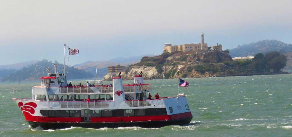 SF-bay-ferry-boat-adventure-sailing-under-bridges-along-the-islands--