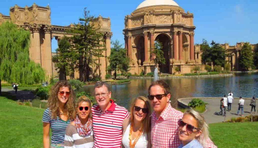 Tours-of-san-Francisco-travel-guide-golden-gate-park-flowers-min-