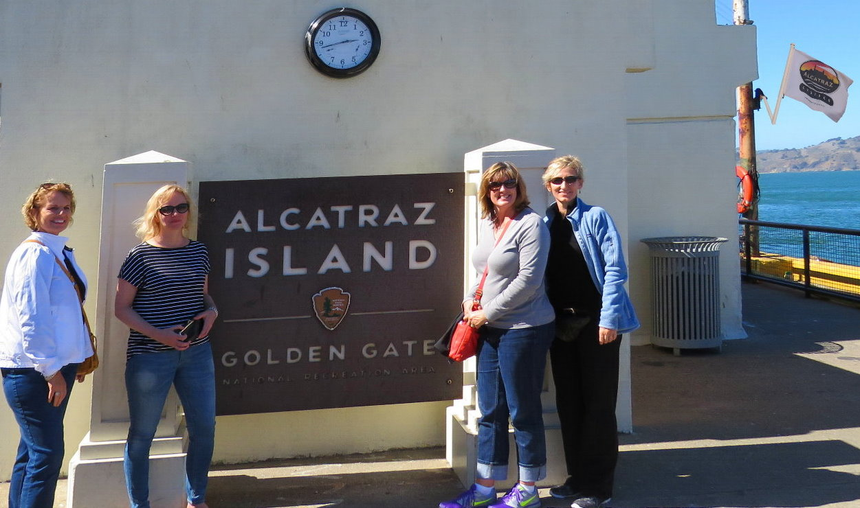 Visit Alcatraz Island Prison and Feery tickets included