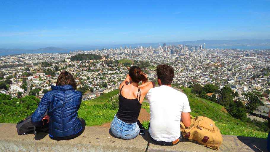 Visit-Twin-Peaks-lookout-San-Francisco-Recreation-attractions-