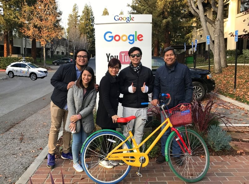 Visit-Youtube-building-tech-tour-google-headquarter--