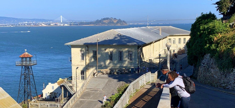 Visitar-la-isla-y-la-prision-de-Alcatraz-horarios-tarifas-barcos