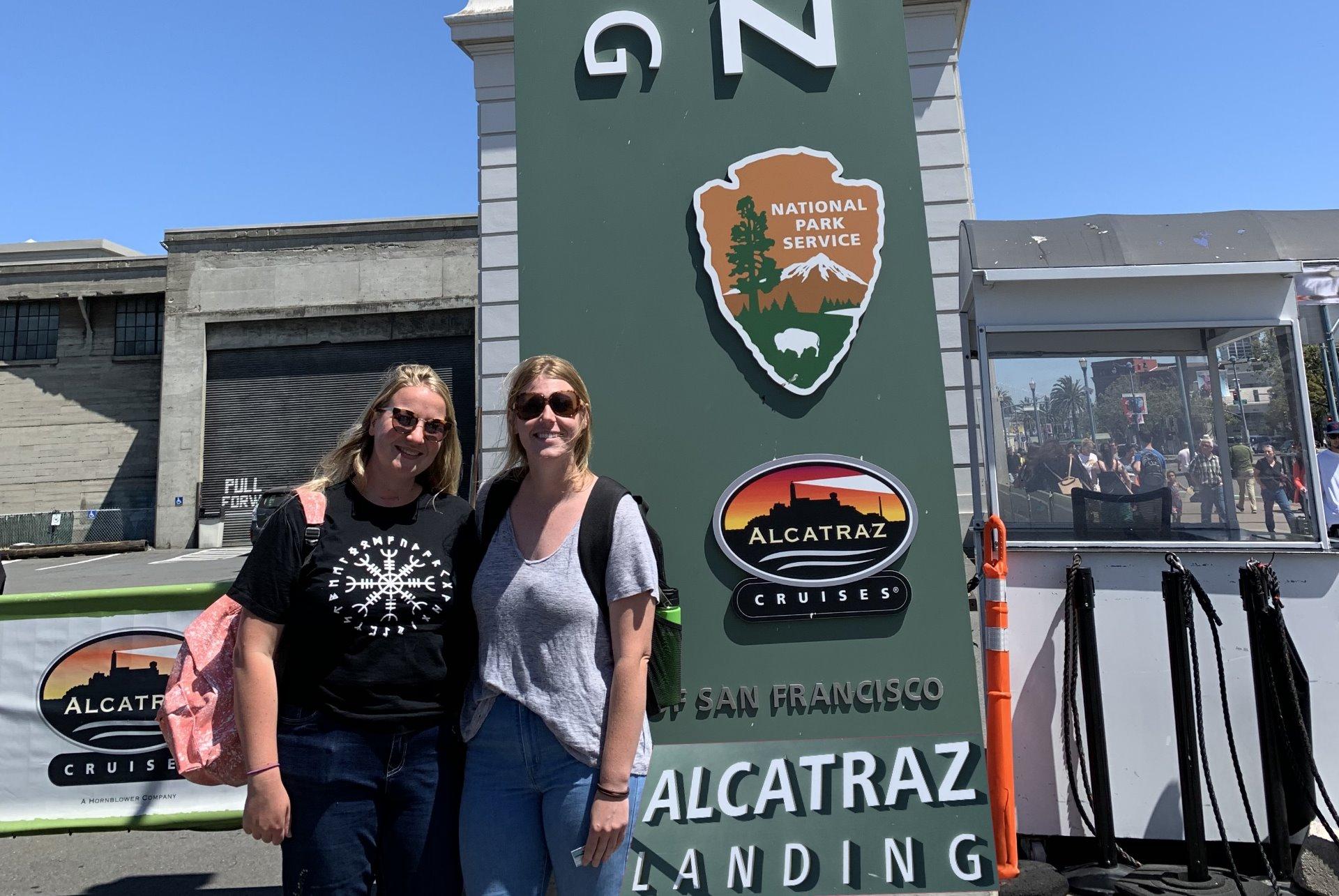 alcatraz-ferry-landing-ticket-booth