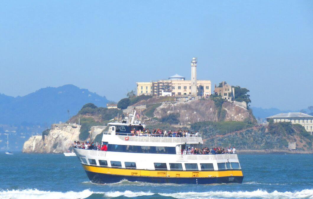 croisières_dans_la_baie_de_san_francisco_et_excursions_en_ferry_autour_de_l'île_d'alcatraz