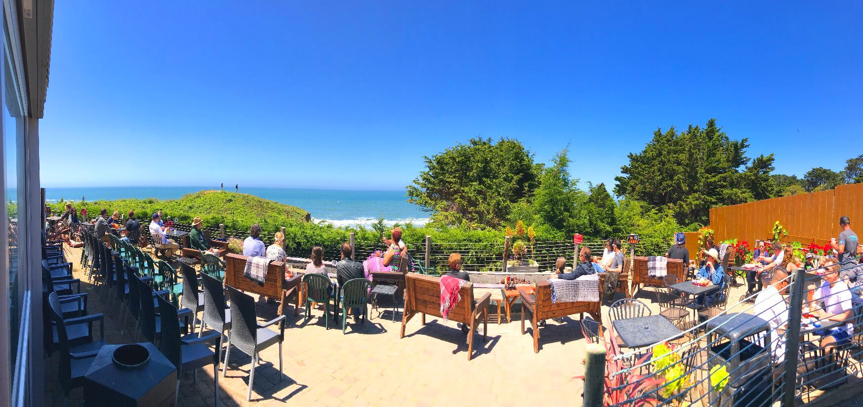 oceanside_restaurants_along_california_pacific_coast_highway_1