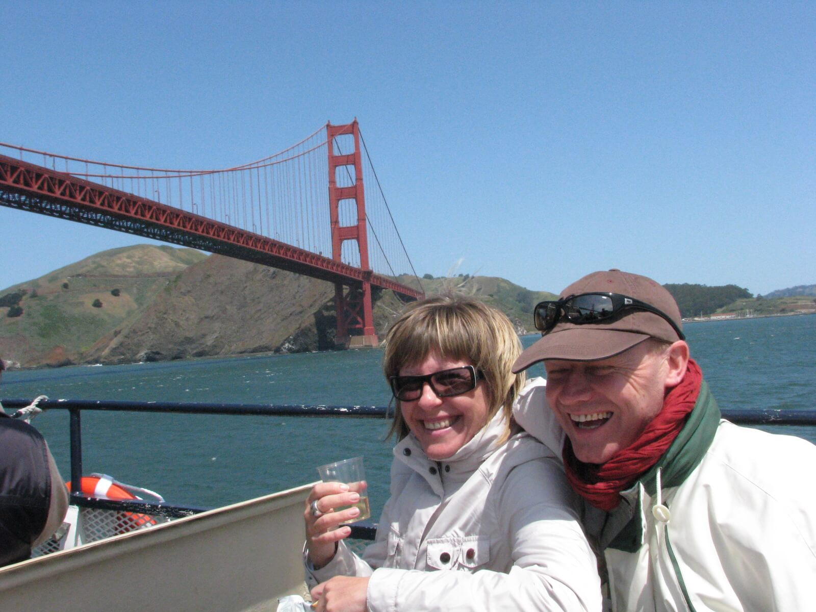 romatic_getaway_in_san_francisco_bay_ferry_cruise_tour
