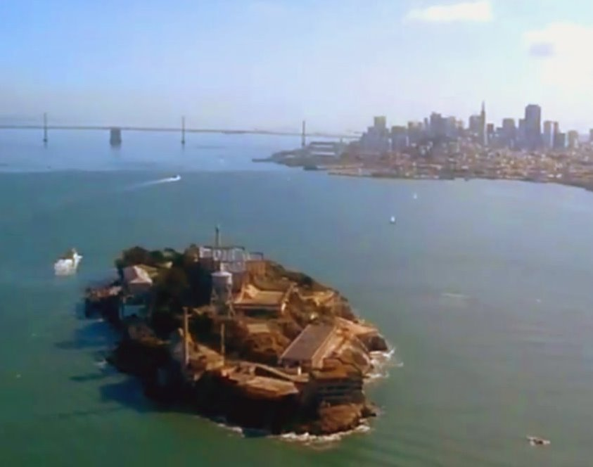 seaplane_flight_over_san_francisco_and_alcatraz