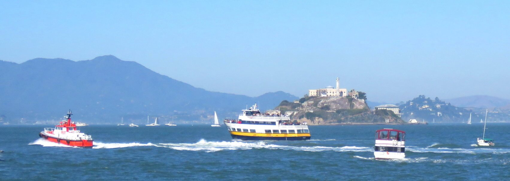 sf_city_guided_tour_and_bay_cruise_ferry_trip_in_the_san_francisco_bay