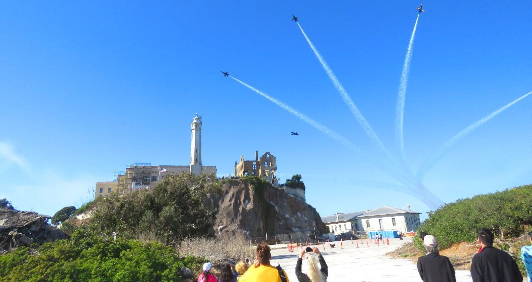 tourists_walking_the_grounds_of_alcatraz_island_visitors_air_show