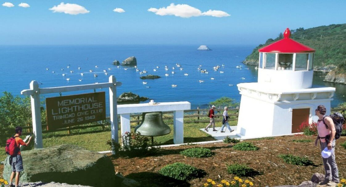 trinidad-memorial-lighthouse-coast-highway-