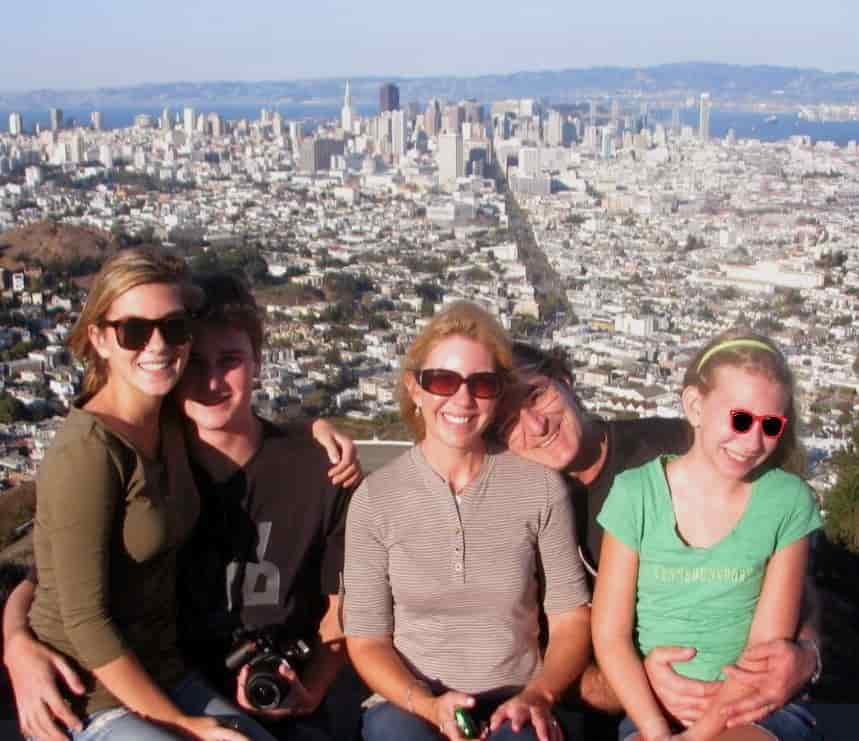 visit-San-Francisco-Skyline-trip-twin-peak-views-min-