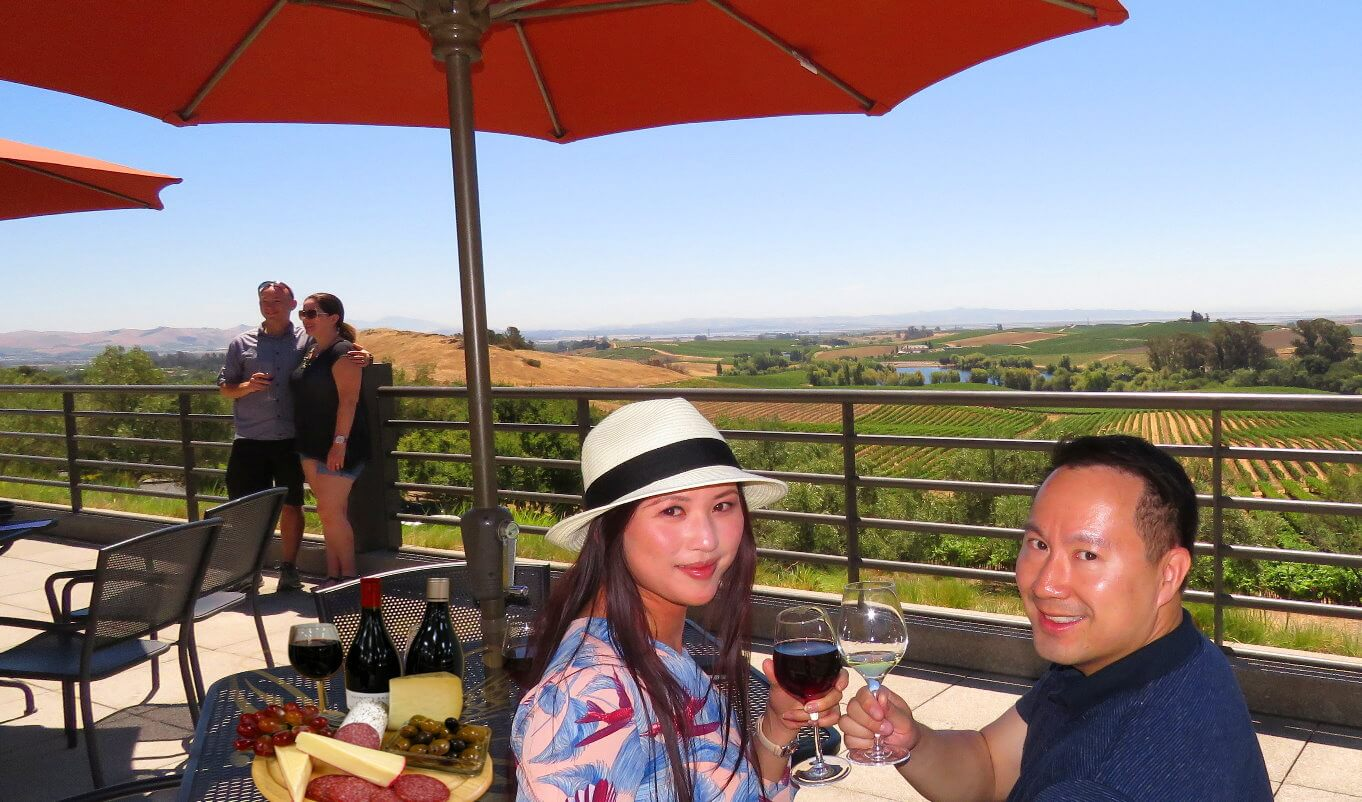 visit-napa-valley-_wineries-private-limo-tour