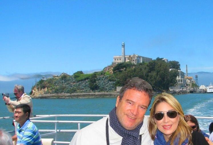 visiting-Alcatraz-island-from-san-Francisco-by-ferry-sf-bay--