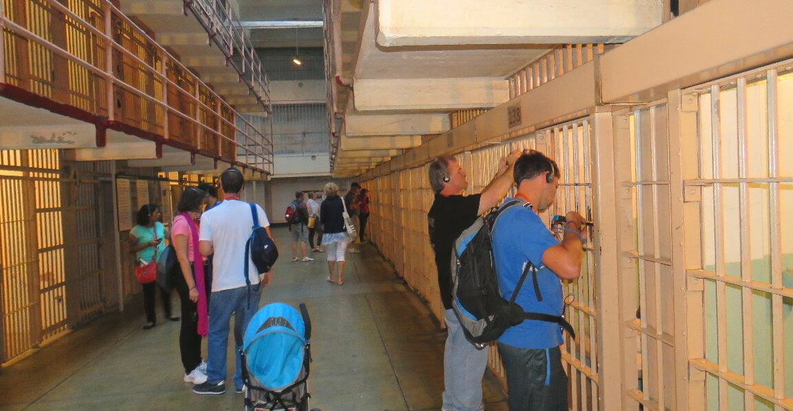 visitors_walk_in_the_cell_blocks_at_alcatraz_federal_prison_on_alcatraz_island_san_francisco_ca